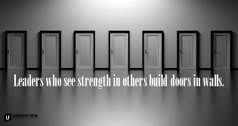 leaders-who-see-strength-in-others-build-doors- & How Skillful Leaders Build Doors in Walls | Leadership Freak pezcame.com